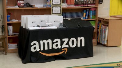Amazon donates to Oklahoma City STEM program